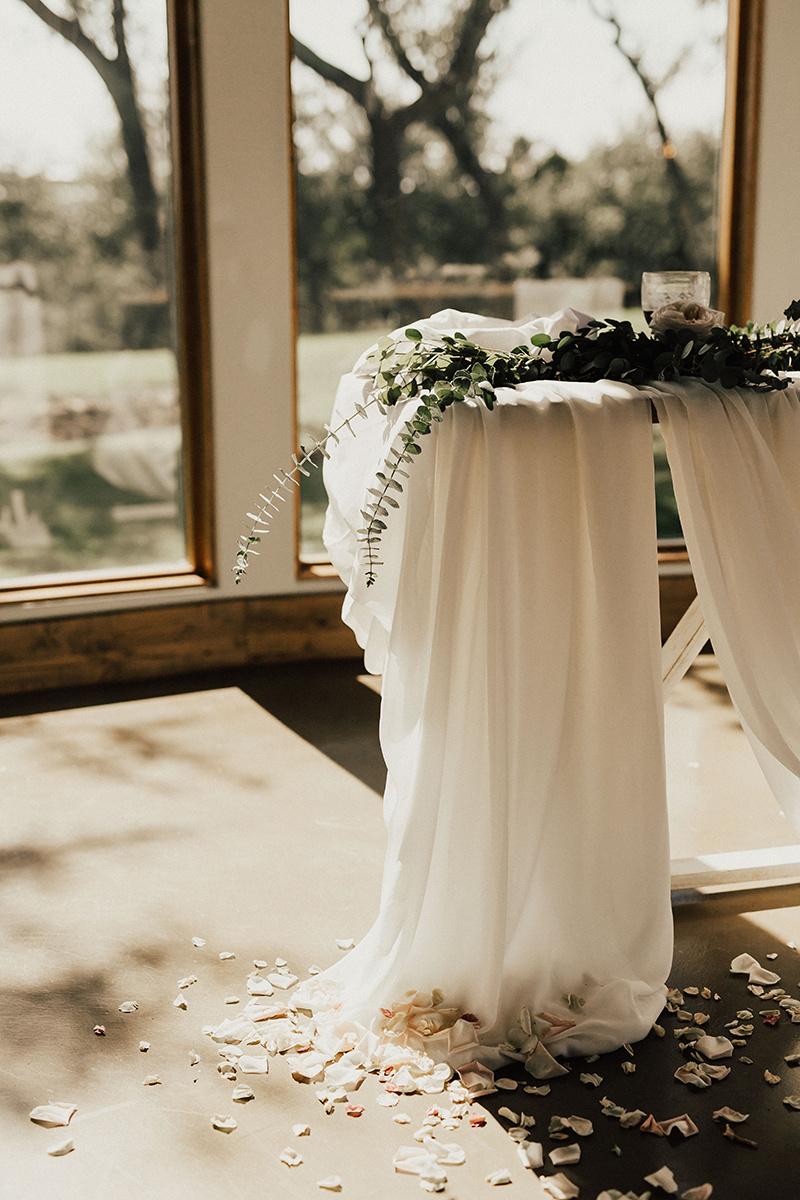 megan-joel-canyonwood-ridge-dripping-springs-texas-wedding-photographer-details-79.jpg
