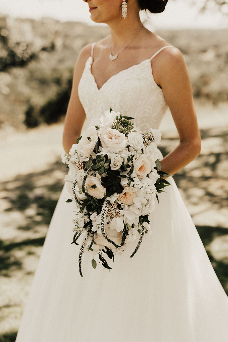 megan-joel-canyonwood-ridge-dripping-springs-texas-wedding-photographer-bridal-party-family-107.jpg