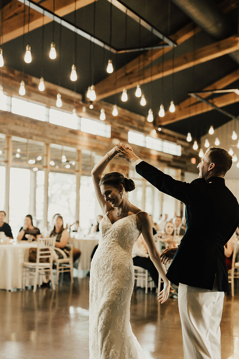 megan-joel-canyonwood-ridge-dripping-springs-texas-wedding-photographer-reception-30.jpg