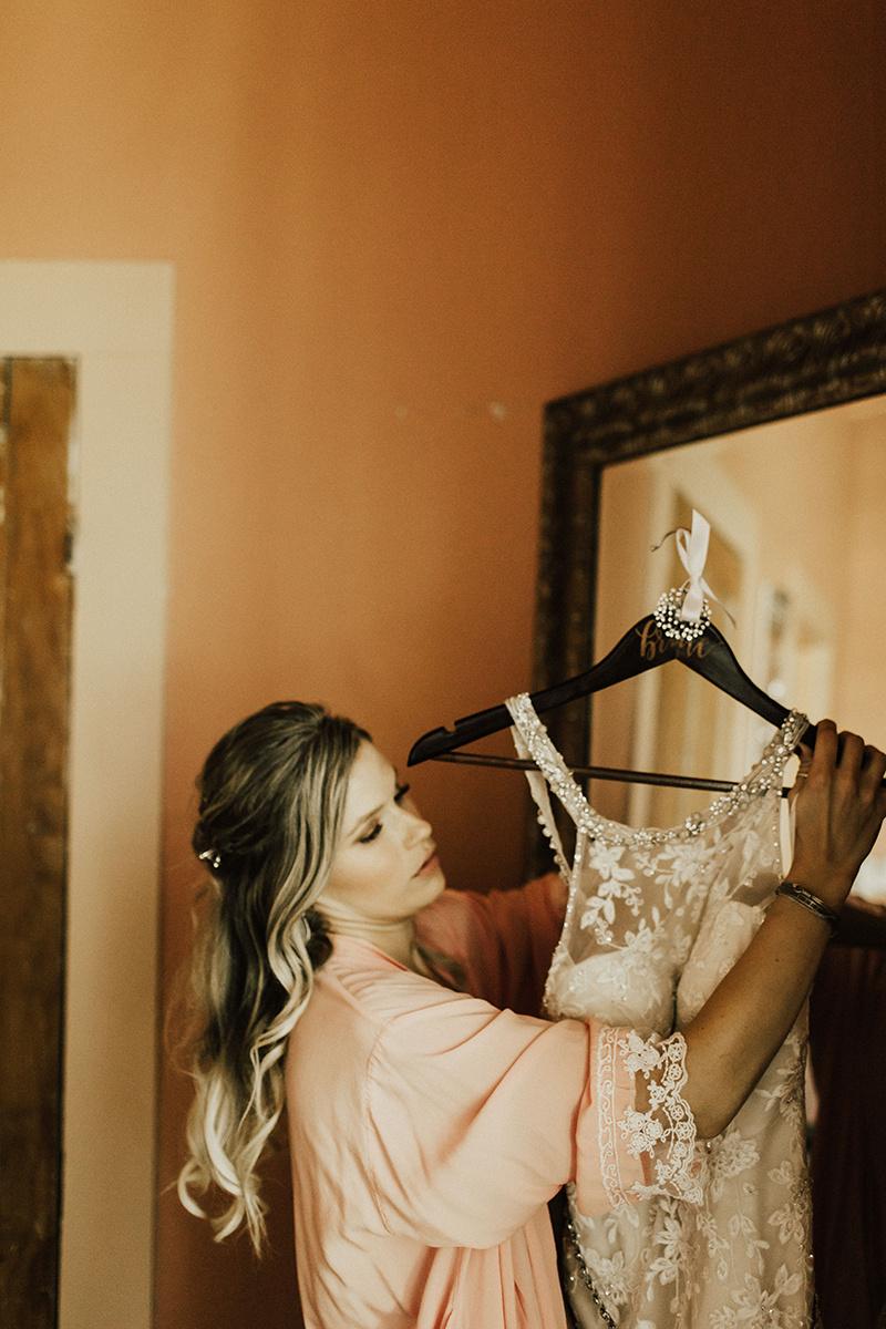 kaitlyn-alex-bentwood-georgetown-texas-wedding-photographer-588.jpg