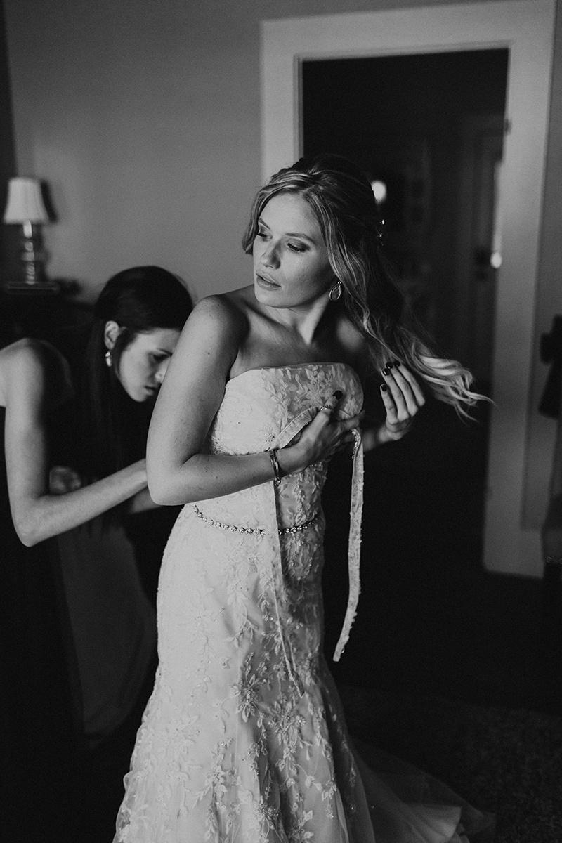 kaitlyn-alex-bentwood-georgetown-texas-wedding-photographer-623-2.jpg