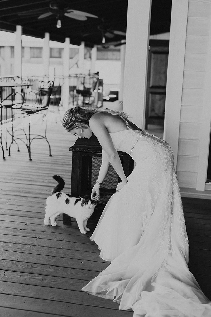 kaitlyn-alex-bentwood-georgetown-texas-wedding-photographer-868-2.jpg