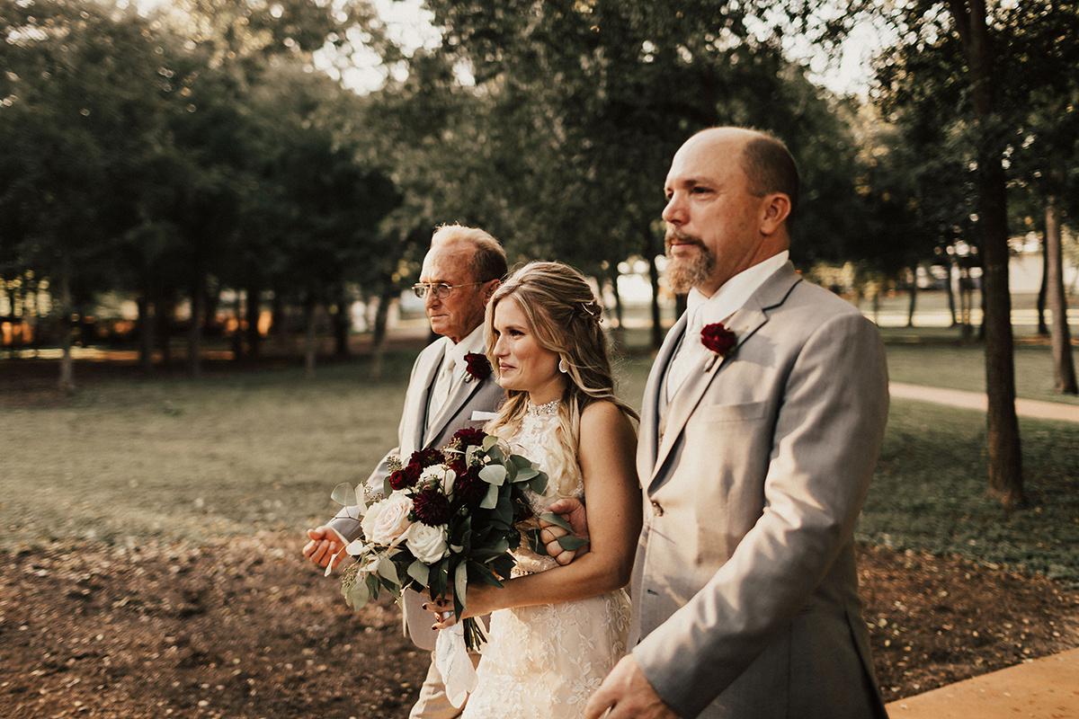 kaitlyn-alex-bentwood-georgetown-texas-wedding-photographer-1667.jpg