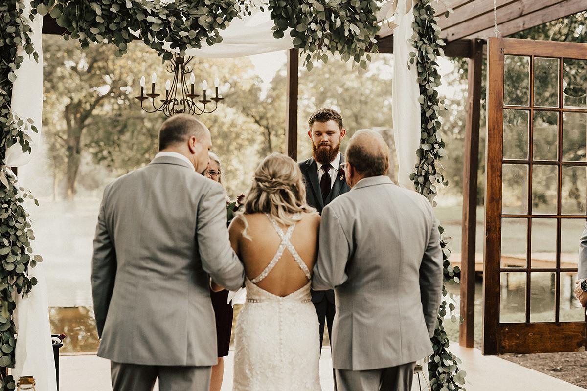 kaitlyn-alex-bentwood-georgetown-texas-wedding-photographer-1685.jpg