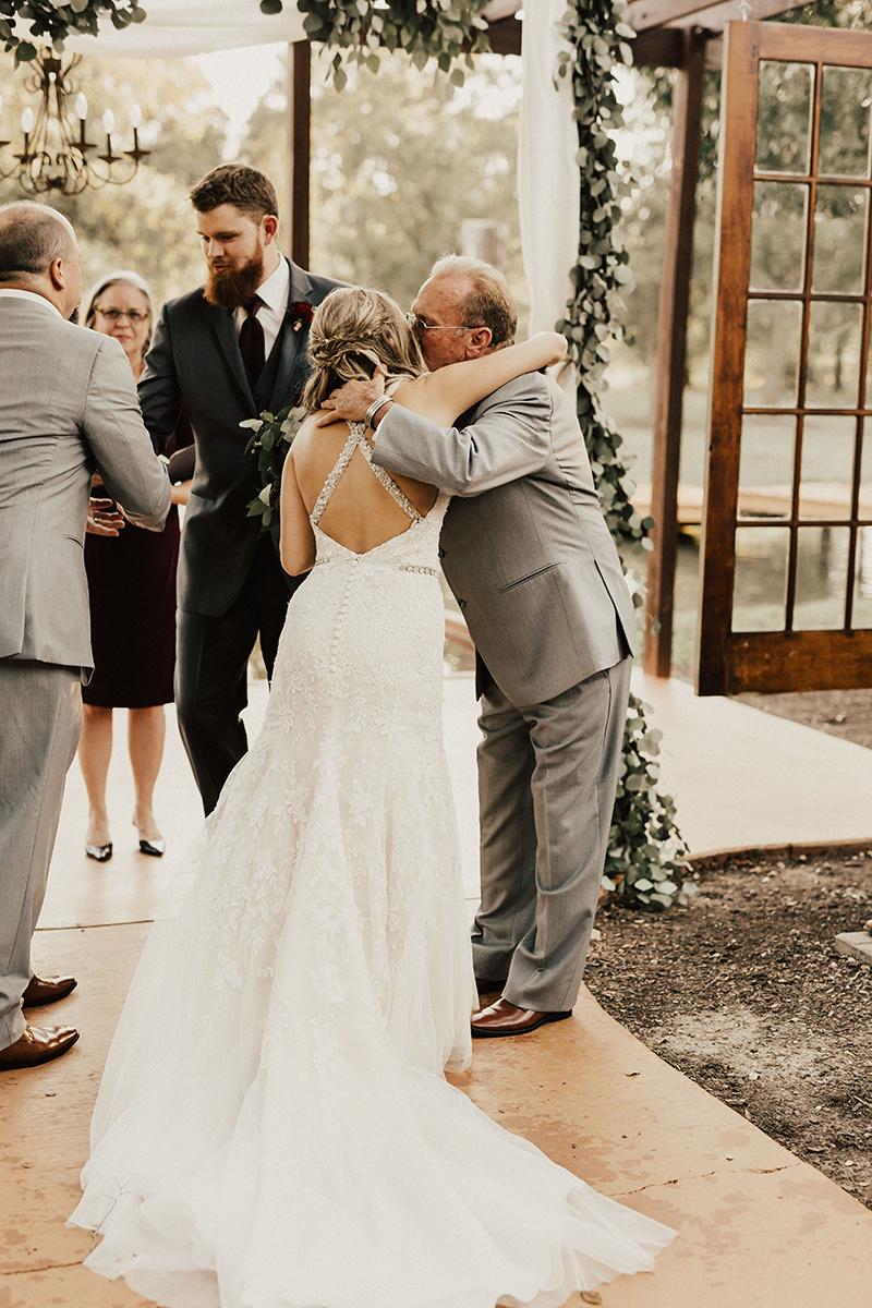 kaitlyn-alex-bentwood-georgetown-texas-wedding-photographer-1693.jpg