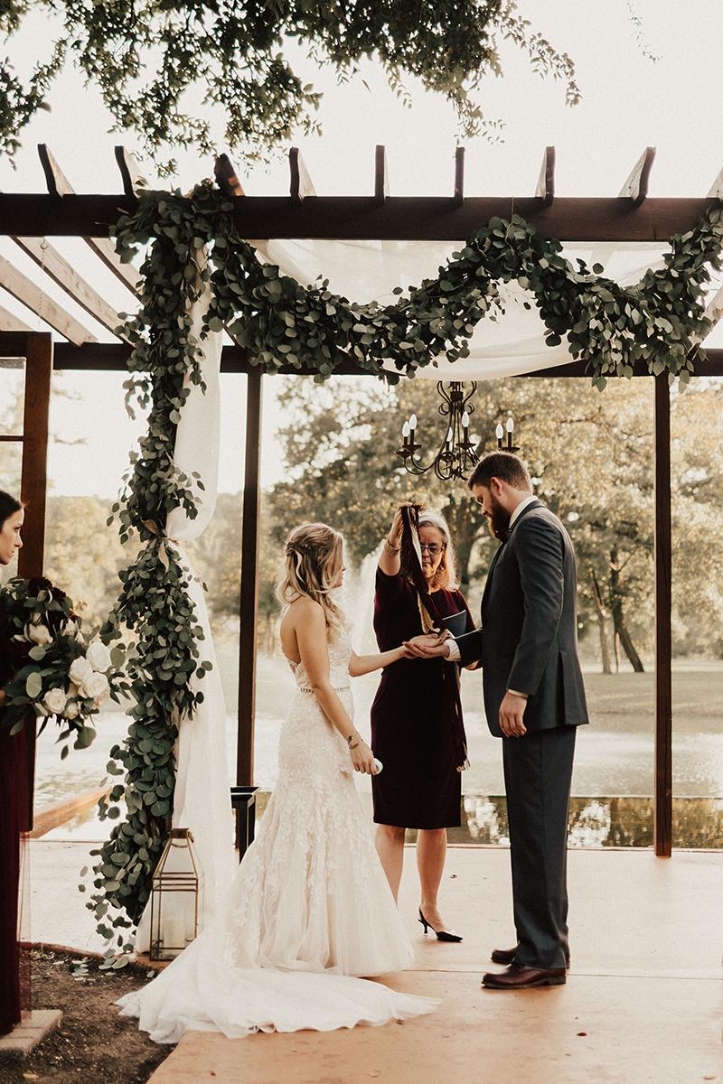 kaitlyn-alex-bentwood-georgetown-texas-wedding-photographer-1753.jpg