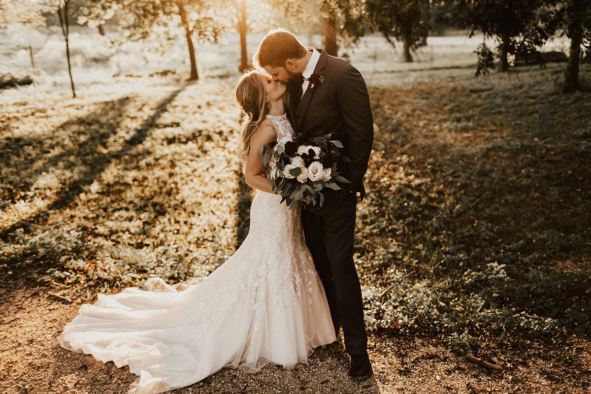 kaitlyn-alex-bentwood-georgetown-texas-wedding-photographer-2173.jpg