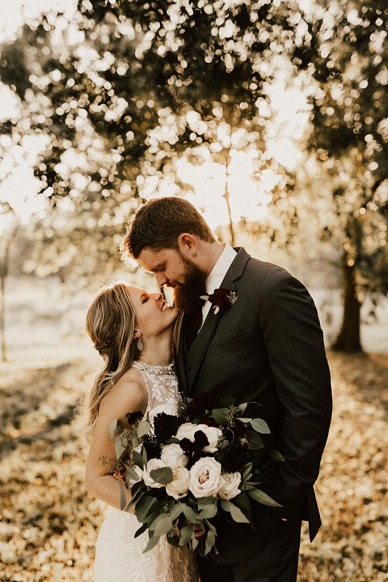 kaitlyn-alex-bentwood-georgetown-texas-wedding-photographer-2189.jpg