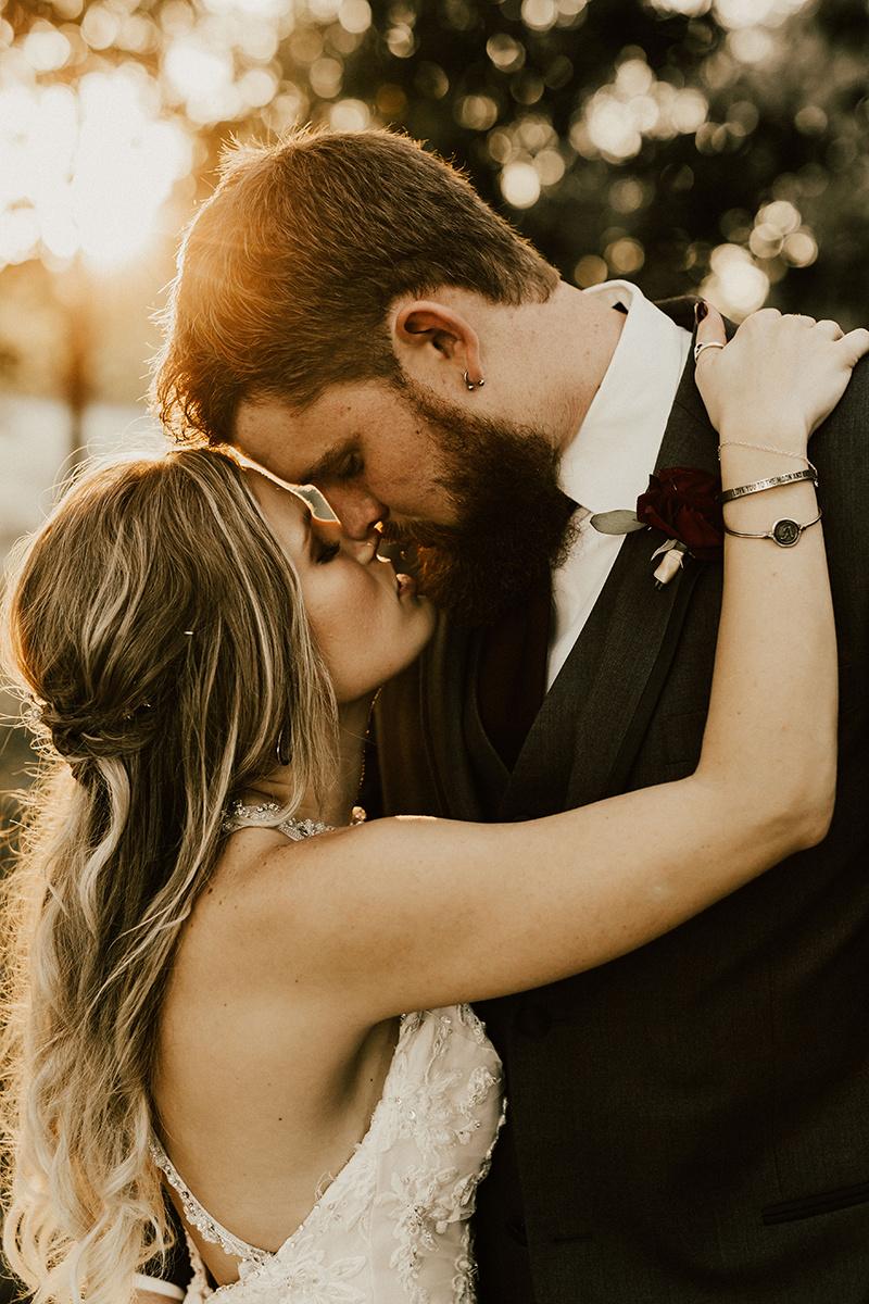 kaitlyn-alex-bentwood-georgetown-texas-wedding-photographer-2456.jpg