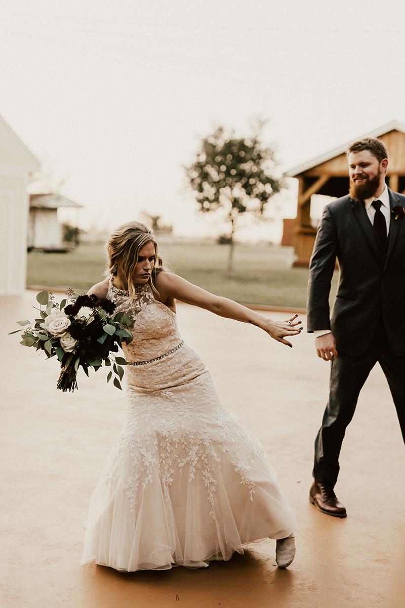 kaitlyn-alex-bentwood-georgetown-texas-wedding-photographer-2581.jpg