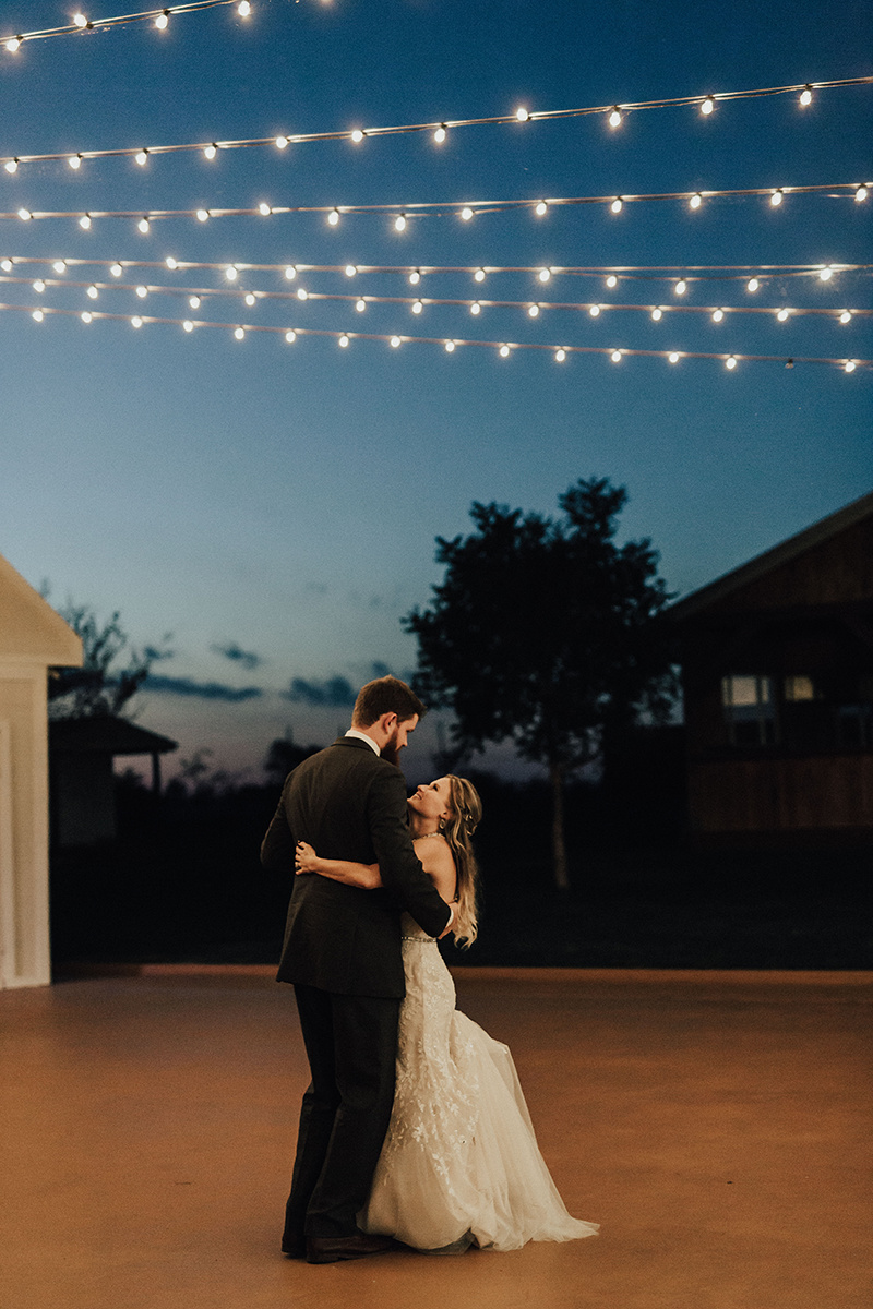 kaitlyn-alex-bentwood-georgetown-texas-wedding-photographer-2682.jpg