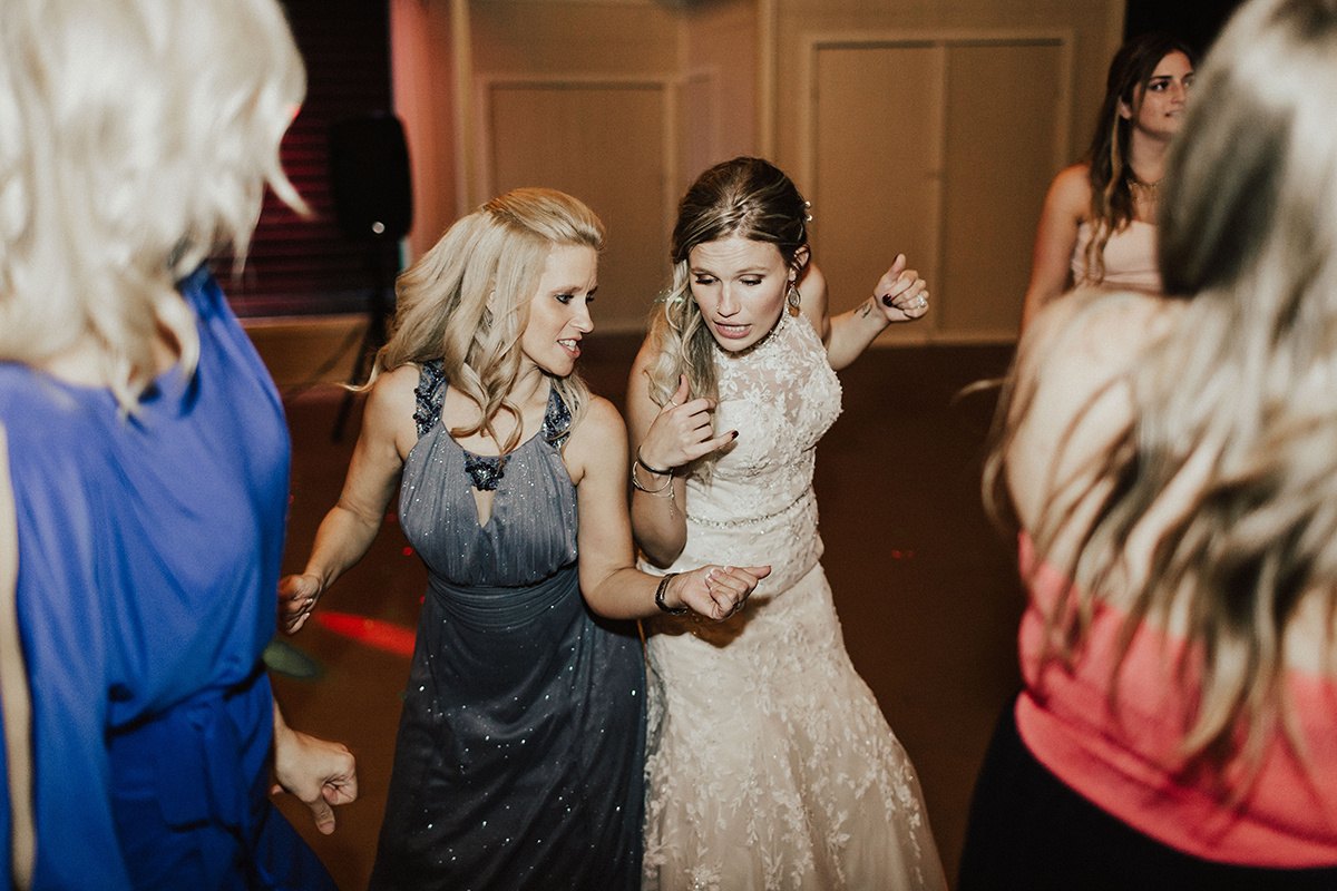 kaitlyn-alex-bentwood-georgetown-texas-wedding-photographer-3027.jpg
