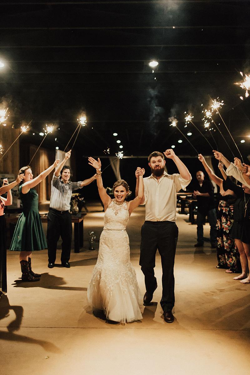 kaitlyn-alex-bentwood-georgetown-texas-wedding-photographer-3956.jpg