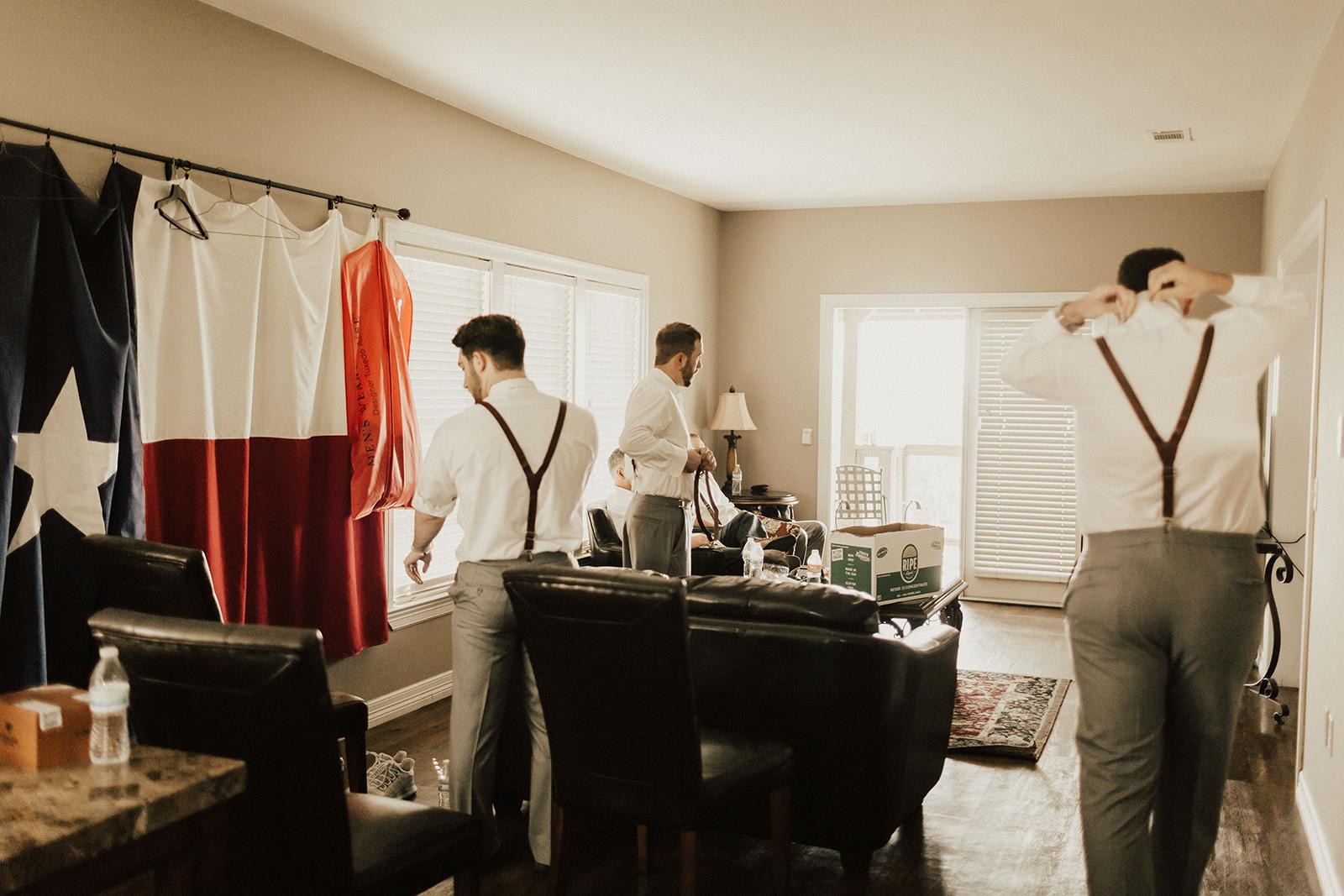 allie-tyler-vintage-villas-austin-texas-wedding-photographer-903.jpg