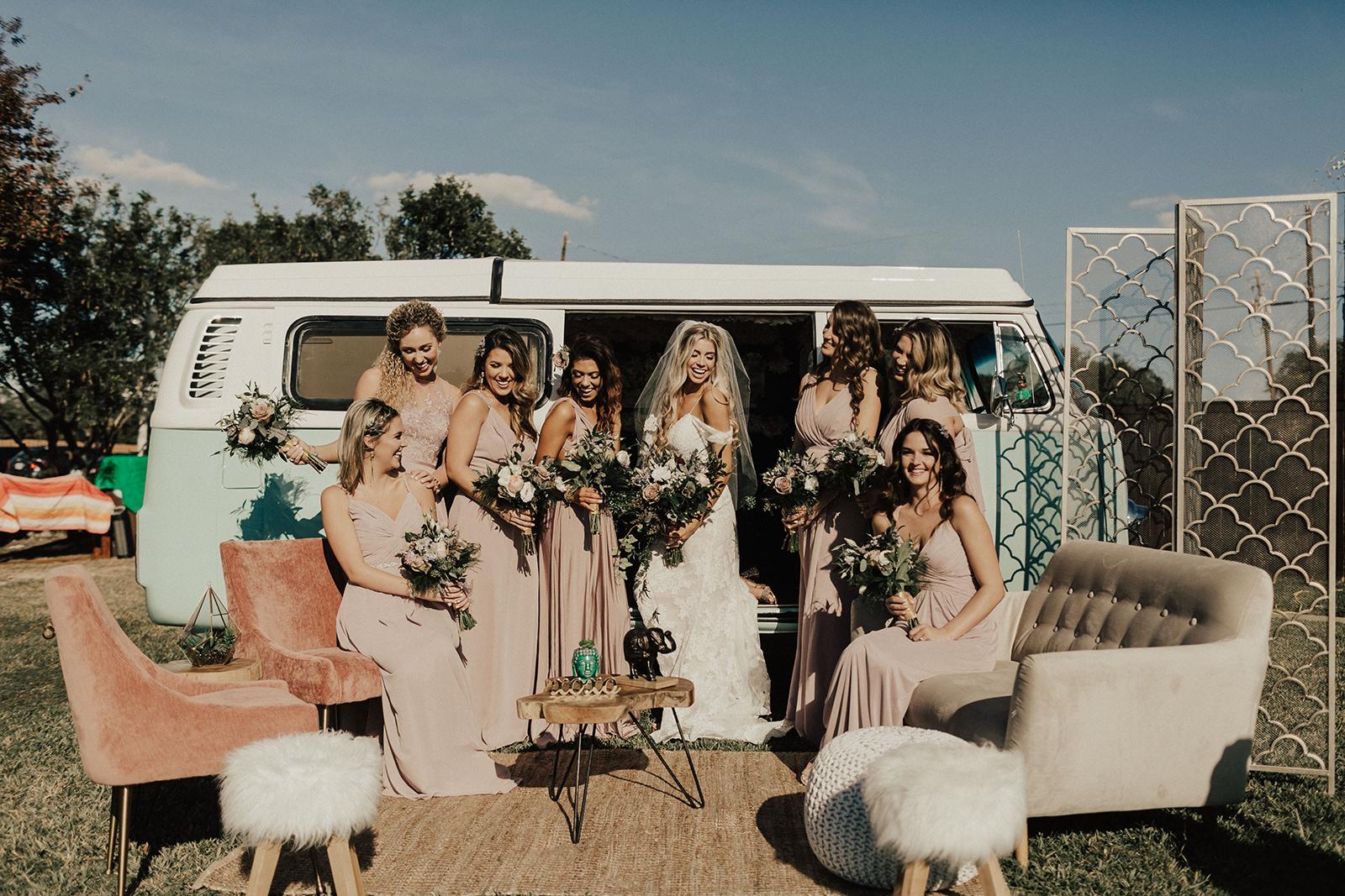allie-tyler-vintage-villas-austin-texas-wedding-photographer-1683.jpg