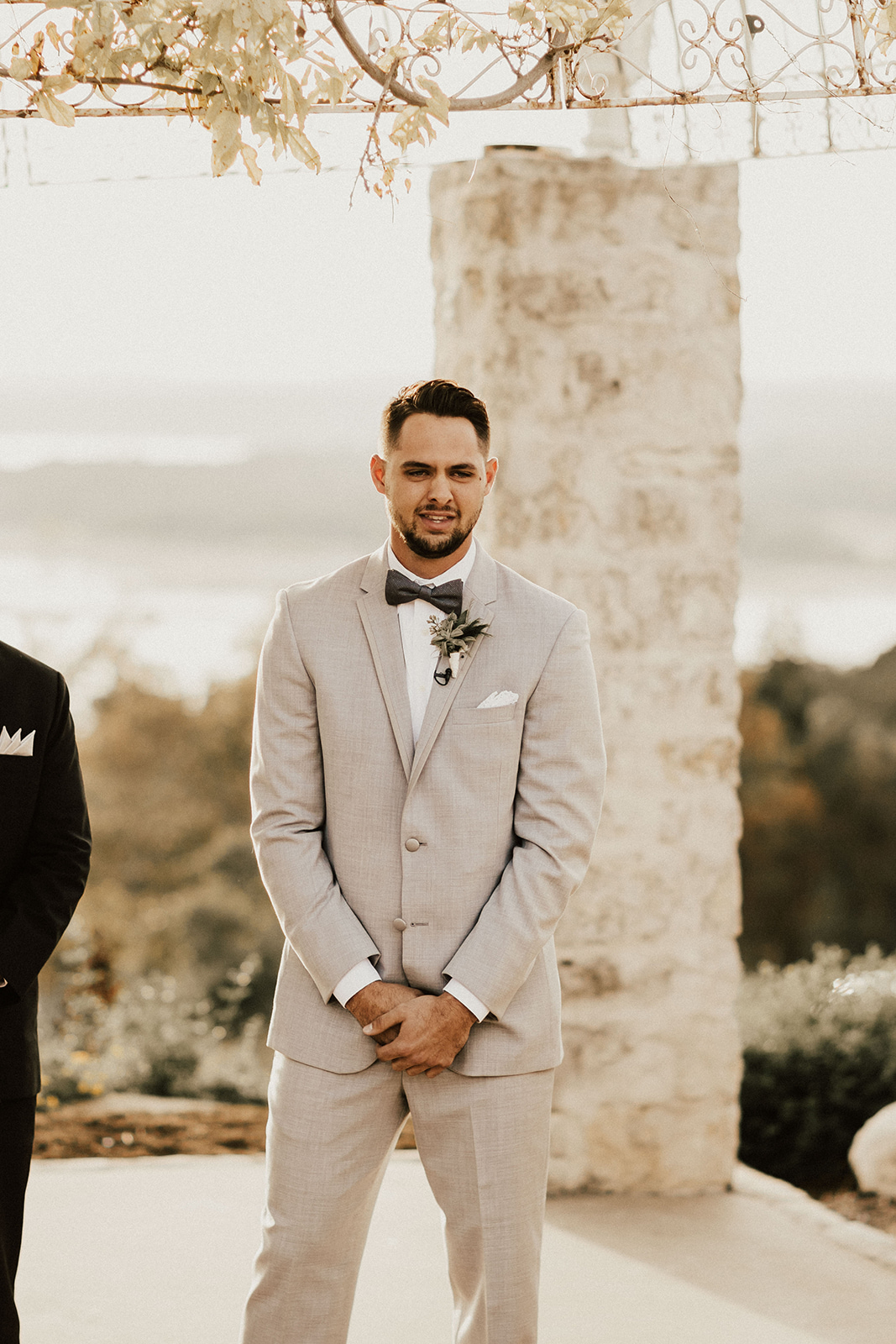 allie-tyler-vintage-villas-austin-texas-wedding-photographer-2262.jpg