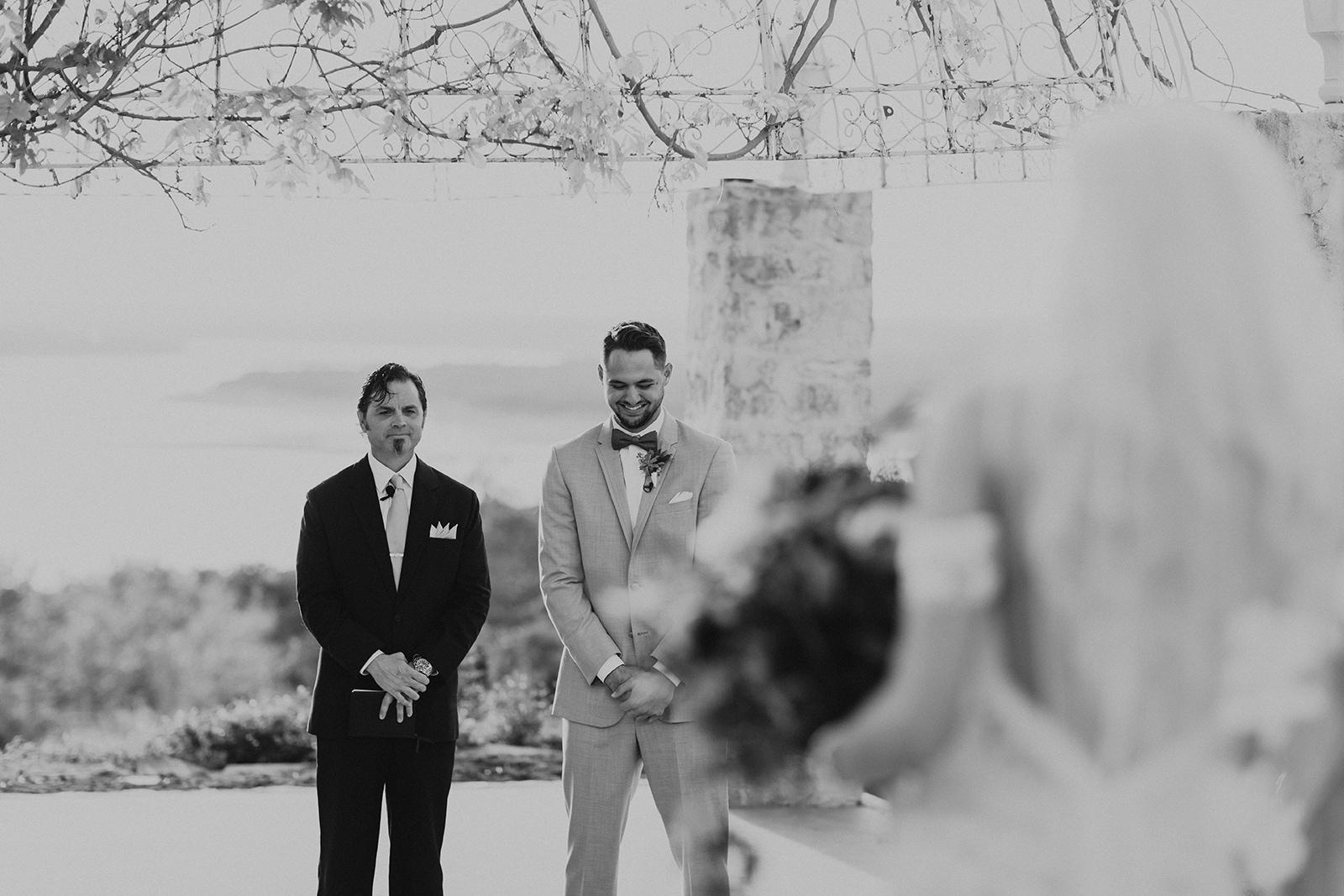 allie-tyler-vintage-villas-austin-texas-wedding-photographer-2271-2.jpg