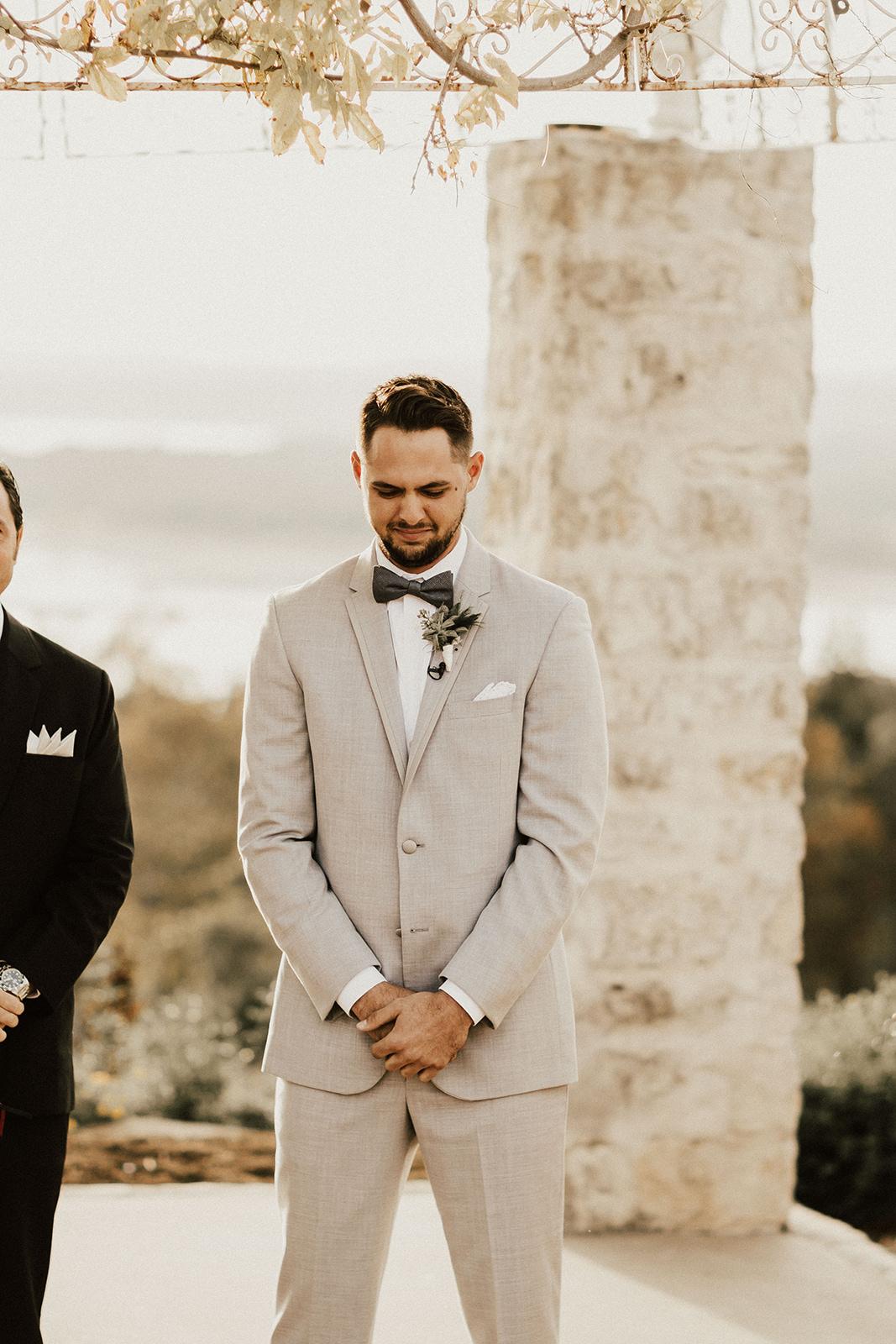 allie-tyler-vintage-villas-austin-texas-wedding-photographer-2267.jpg