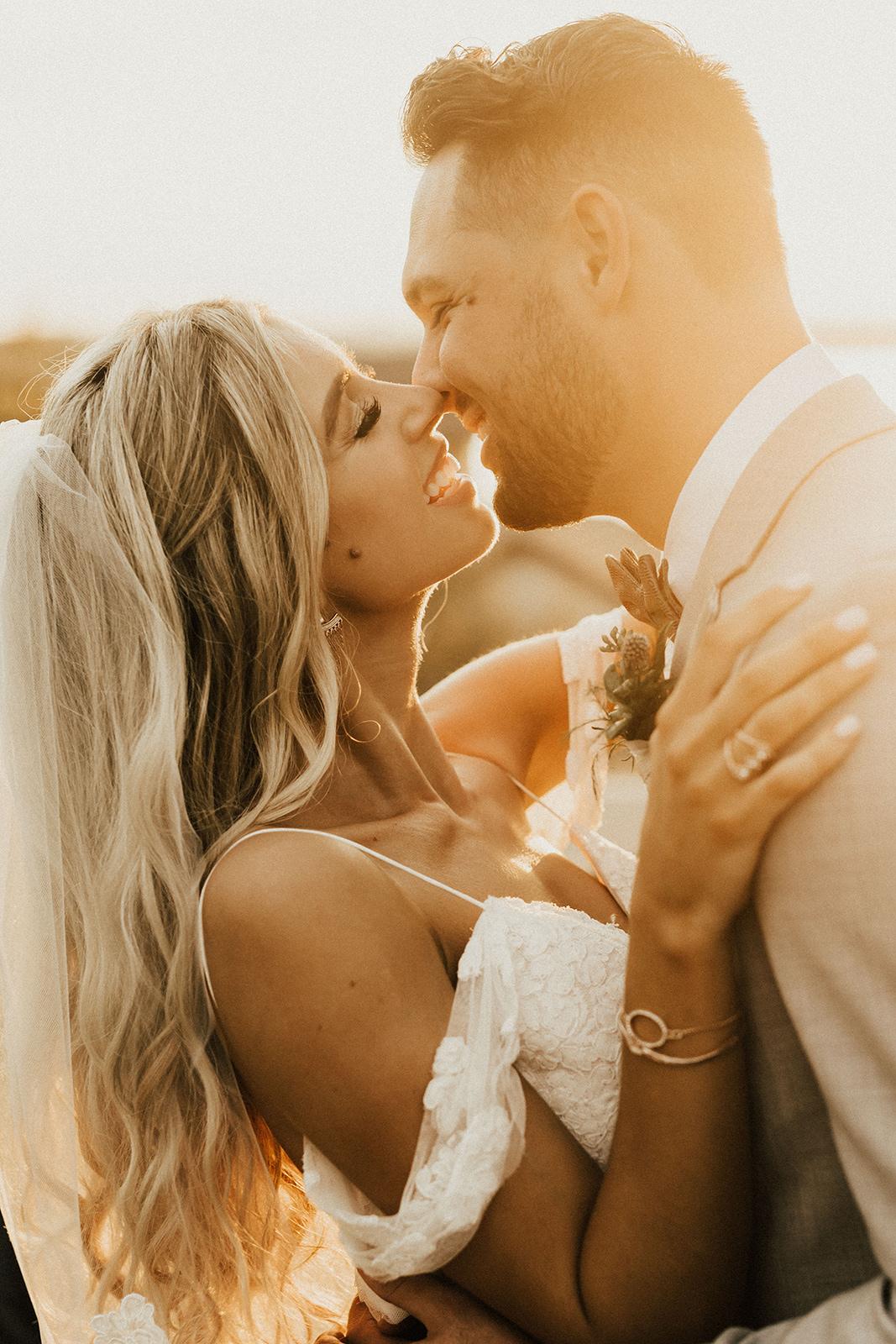 allie-tyler-vintage-villas-austin-texas-wedding-photographer-3134.jpg