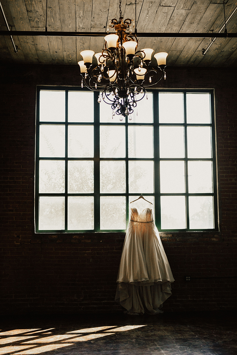 morgan-ben-the-phoenix-waco-texas-wedding-photographer-166.jpg