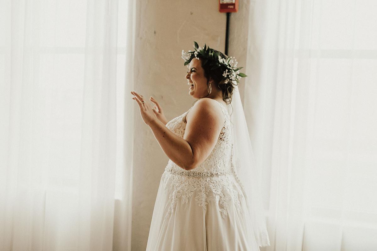 morgan-ben-the-phoenix-waco-texas-wedding-photographer-1137.jpg
