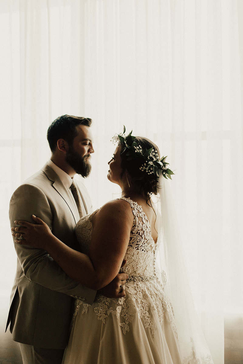morgan-ben-the-phoenix-waco-texas-wedding-photographer-1307.jpg