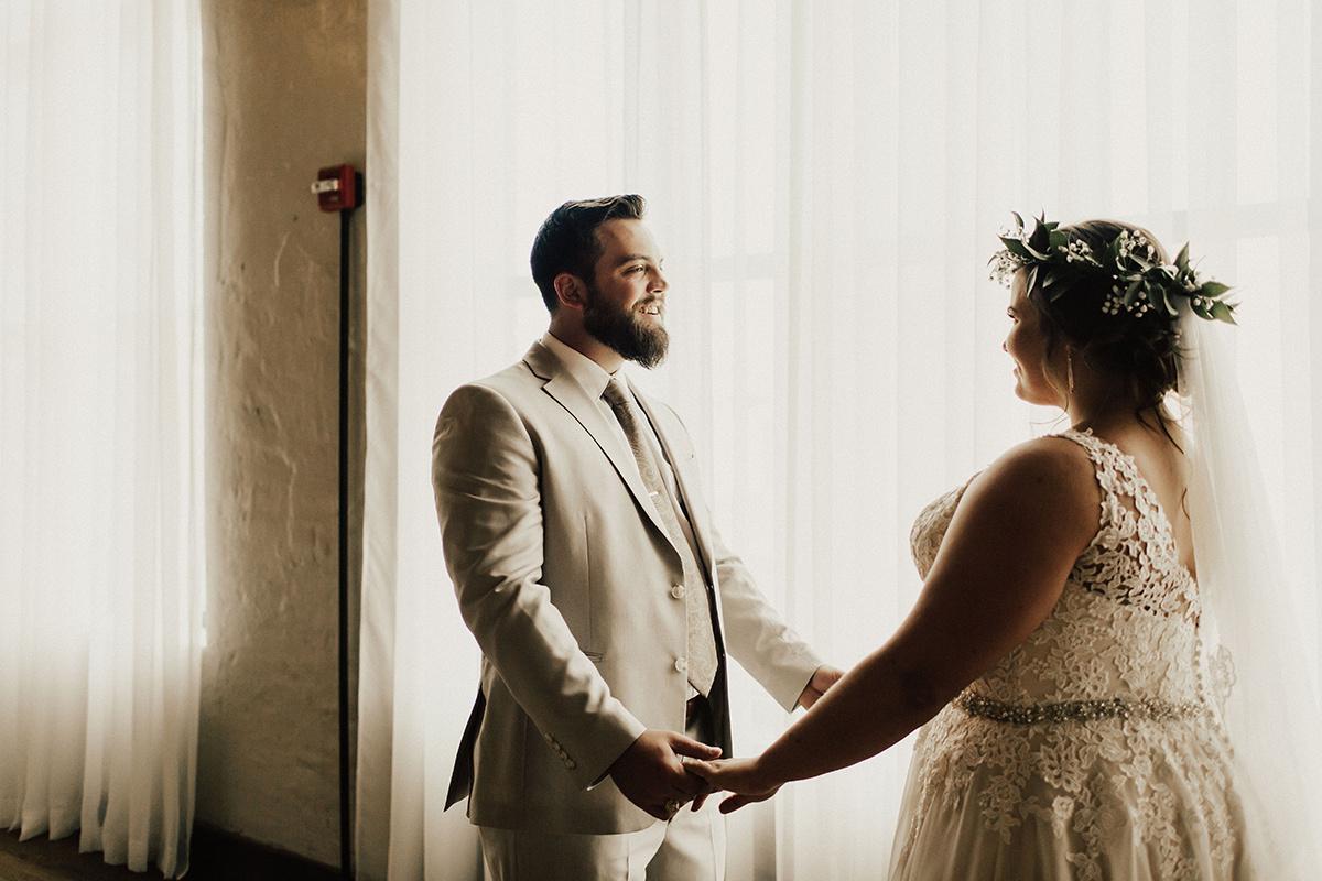 morgan-ben-the-phoenix-waco-texas-wedding-photographer-1316.jpg