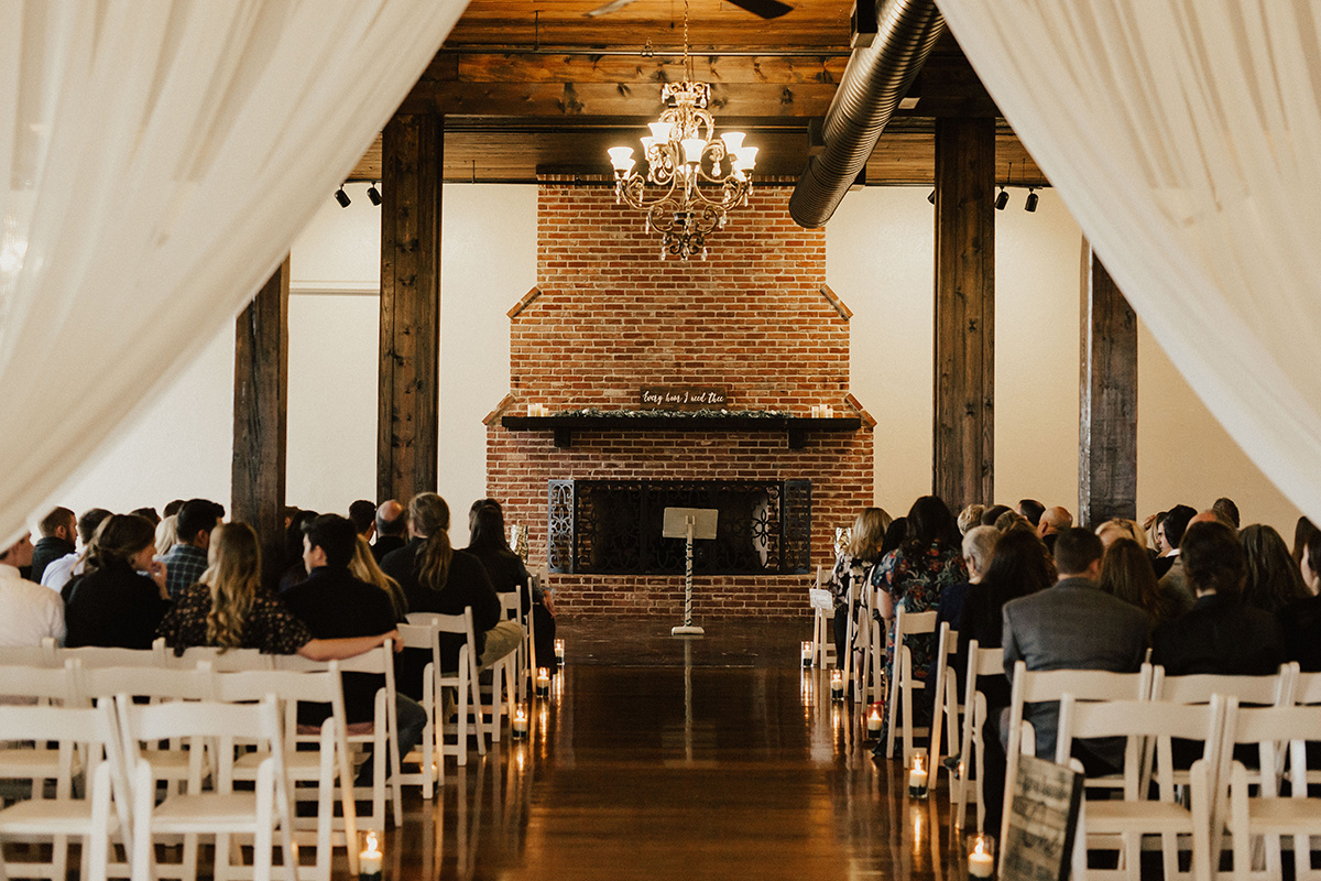 morgan-ben-the-phoenix-waco-texas-wedding-photographer-2208.jpg