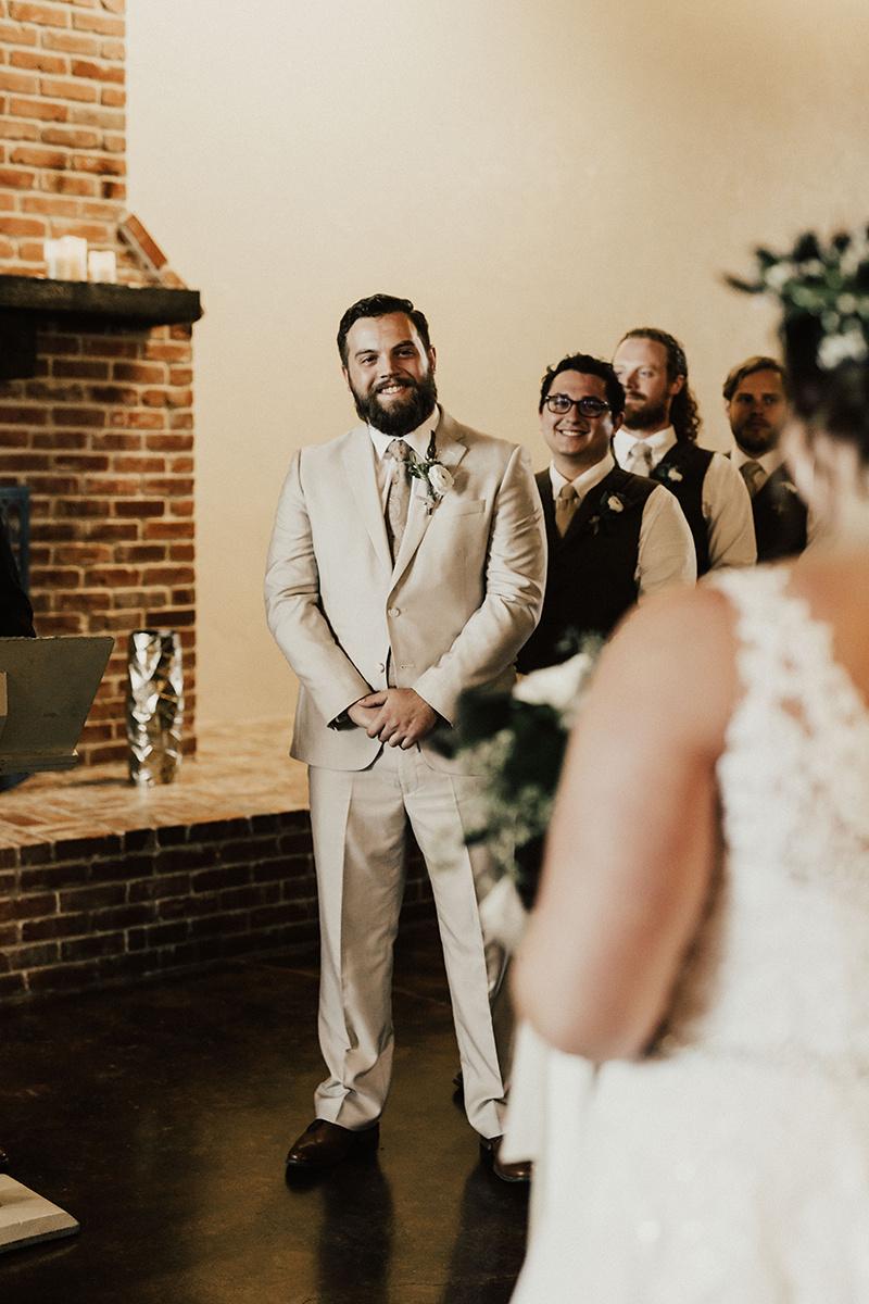morgan-ben-the-phoenix-waco-texas-wedding-photographer-2327.jpg