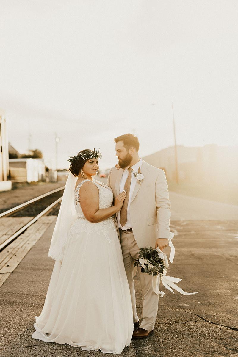 morgan-ben-the-phoenix-waco-texas-wedding-photographer-2903.jpg