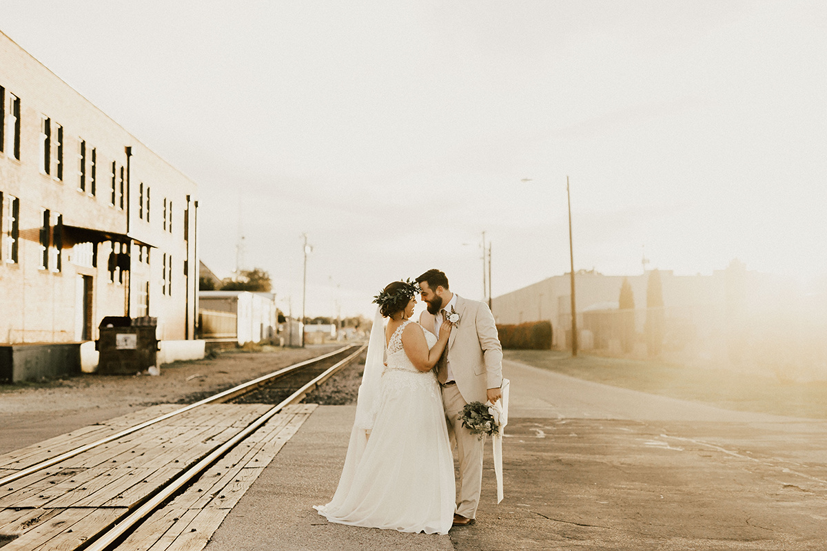 morgan-ben-the-phoenix-waco-texas-wedding-photographer-2920.jpg