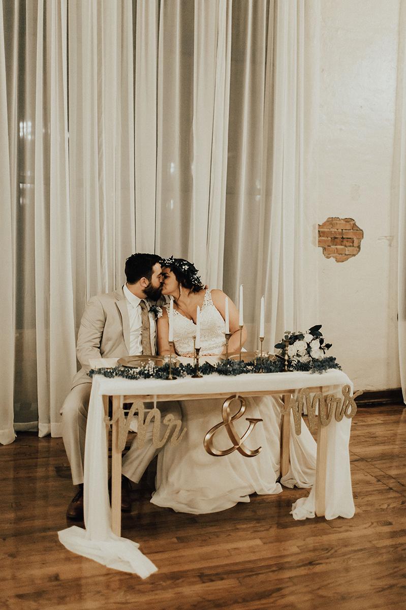 morgan-ben-the-phoenix-waco-texas-wedding-photographer-3228.jpg