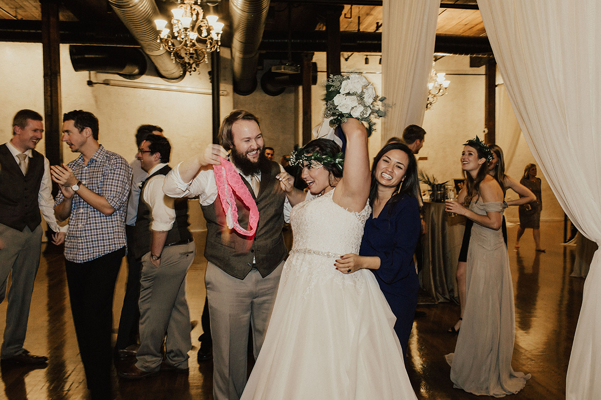 morgan-ben-the-phoenix-waco-texas-wedding-photographer-3756.jpg