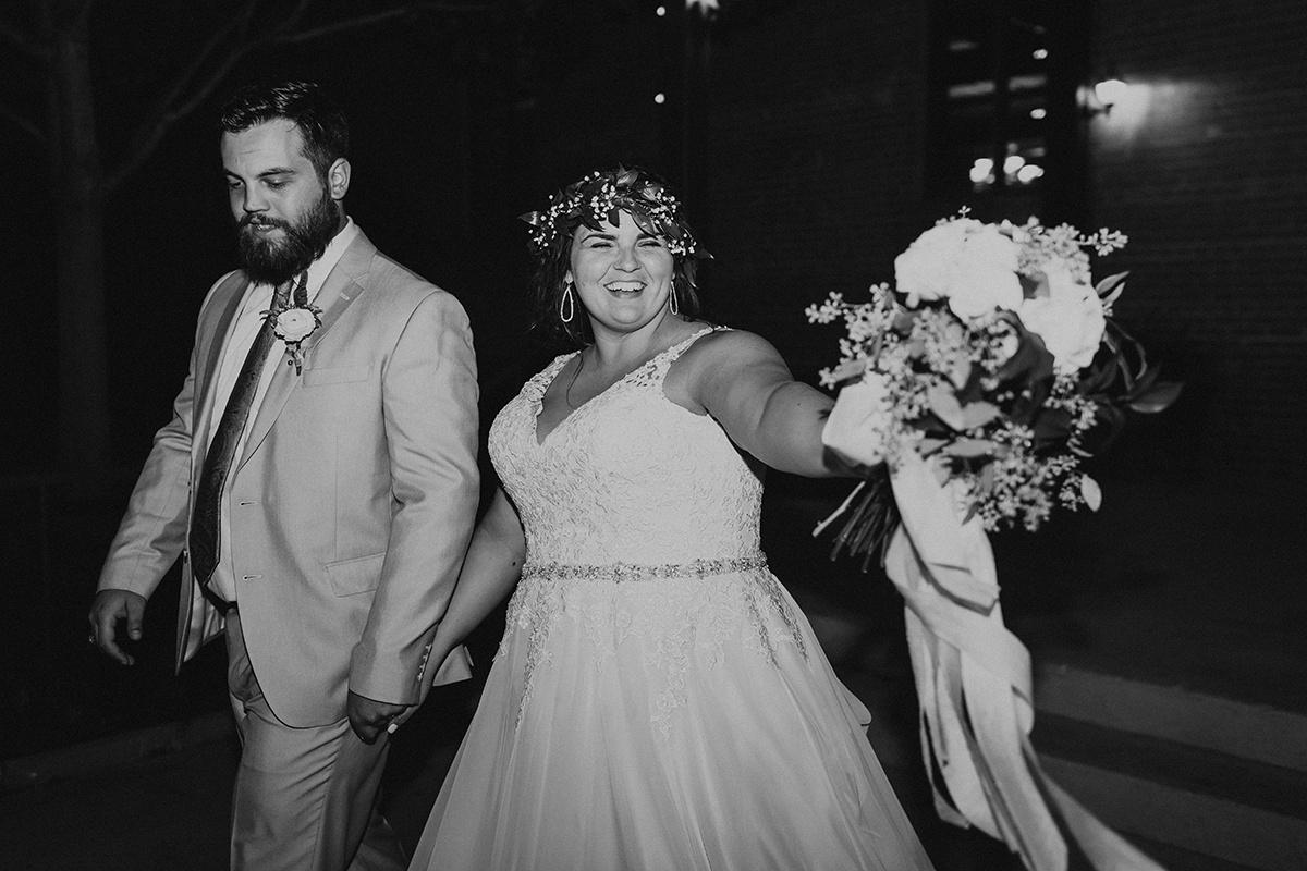 morgan-ben-the-phoenix-waco-texas-wedding-photographer-3884-2.jpg