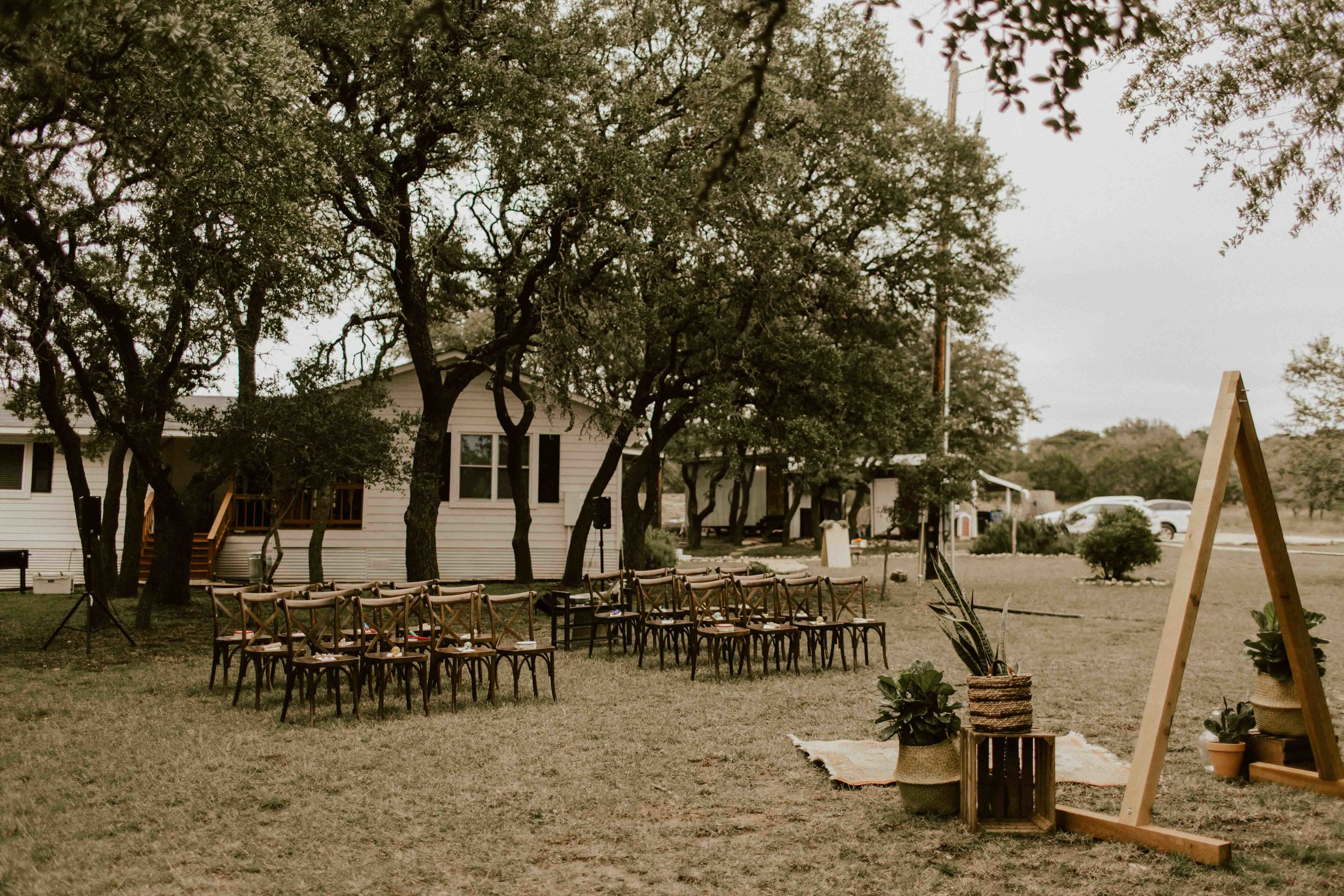 fall-intimate-vow-renewal-austin-texas-wedding-photographer-61.jpg