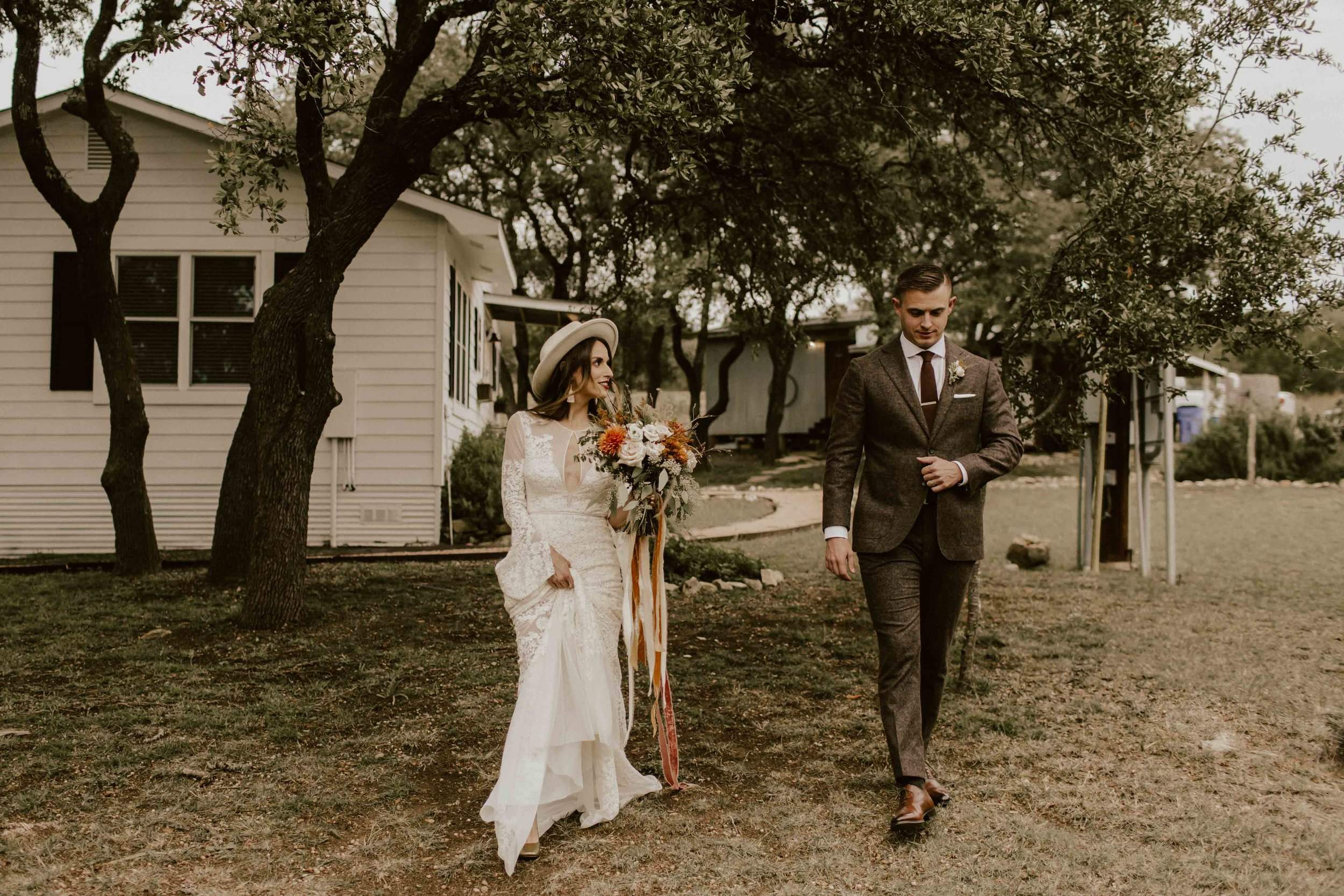 fall-intimate-vow-renewal-austin-texas-wedding-photographer-1635.jpg
