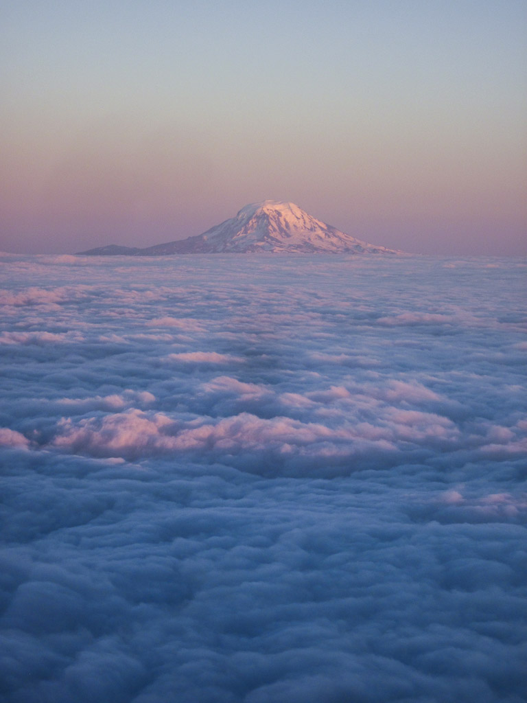 Sunset on Mt Adams above a sea of clouds