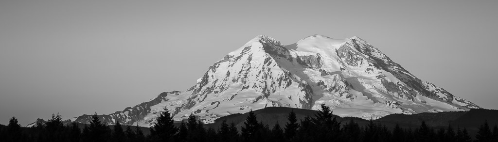Mt Rainier panorama black & white