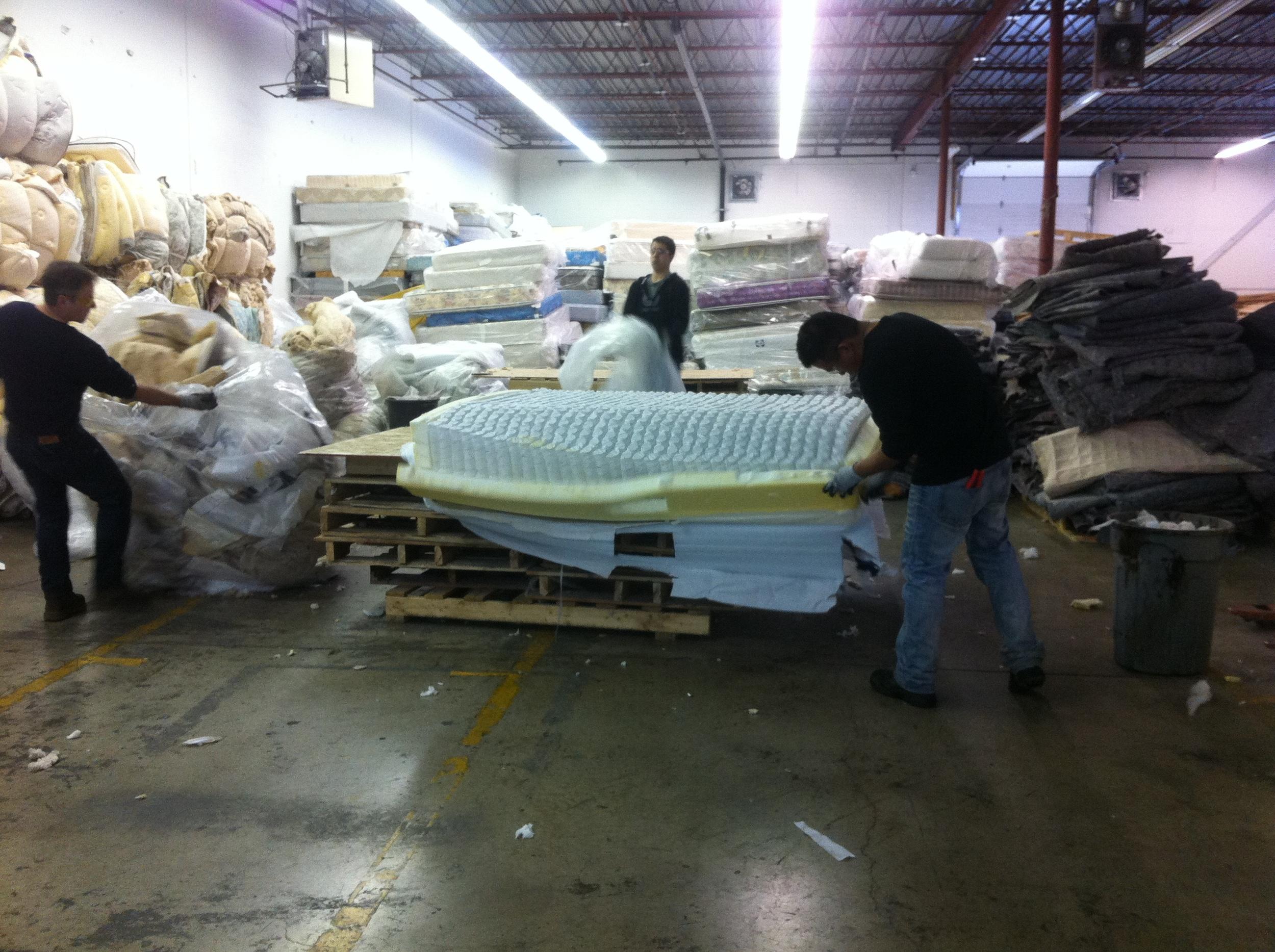 Re-Matt: Calgary Mattress Recycler