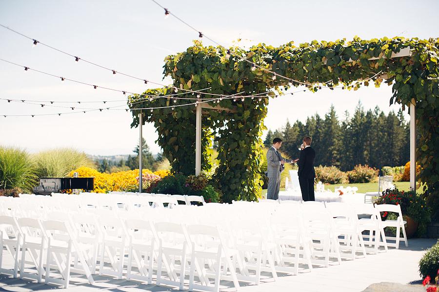 Hawks-View-Cellars-Wedding-Photographs-017