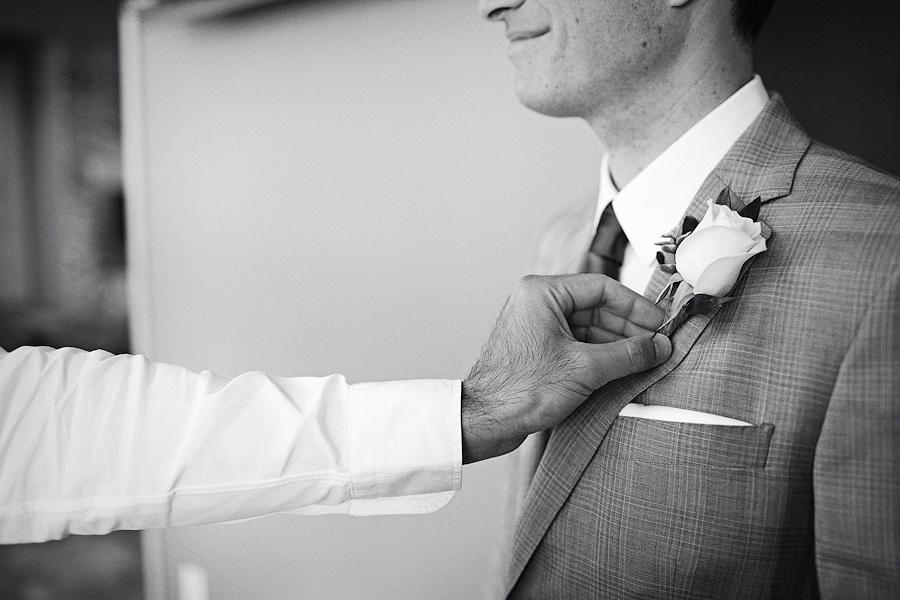 Hawks-View-Cellars-Wedding-Photographs-020
