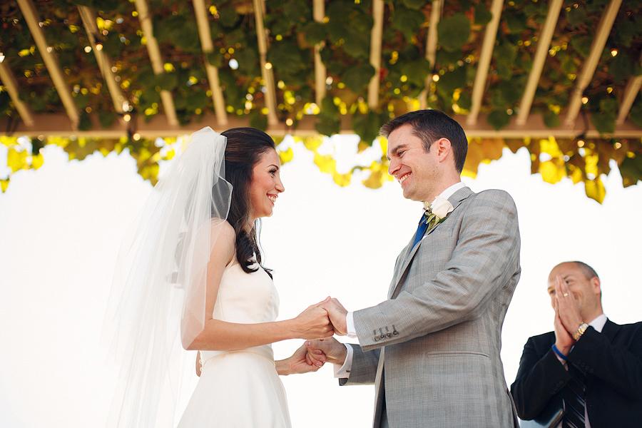 Hawks-View-Cellars-Wedding-Photographs-039