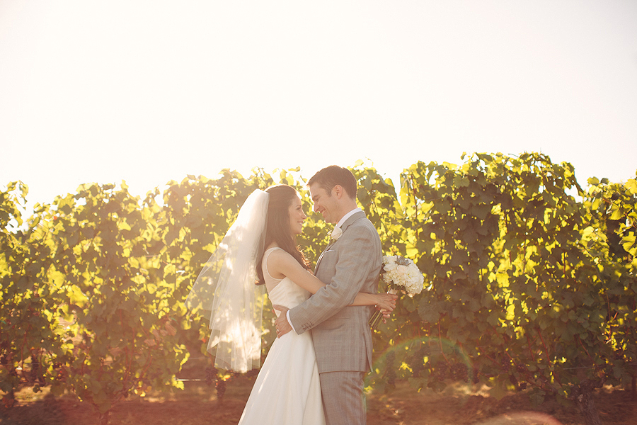 Hawks-View-Cellars-Wedding-Photographs-050