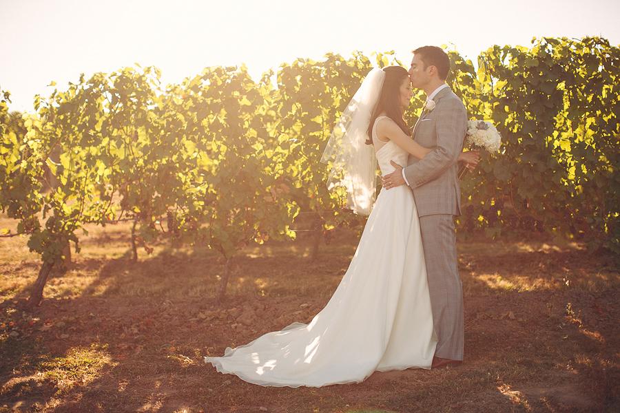 Hawks-View-Cellars-Wedding-Photographs-051