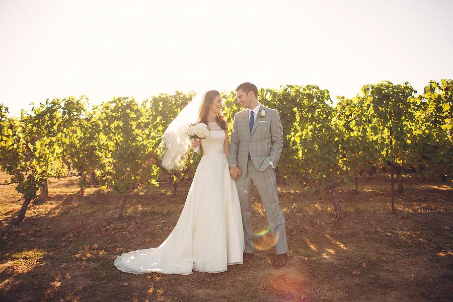 Hawks-View-Cellars-Wedding-Photographs-054