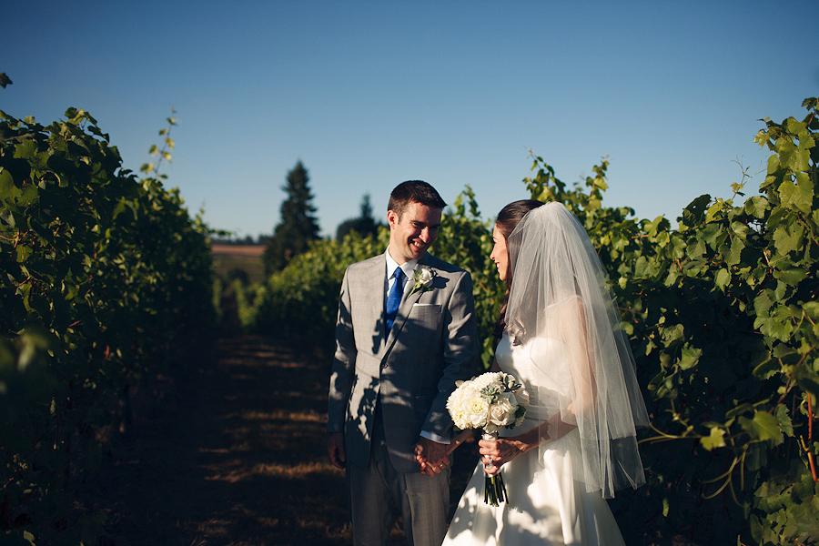 Hawks-View-Cellars-Wedding-Photographs-059