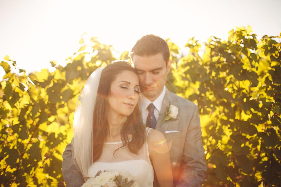 Hawks-View-Cellars-Wedding-Photographs-064