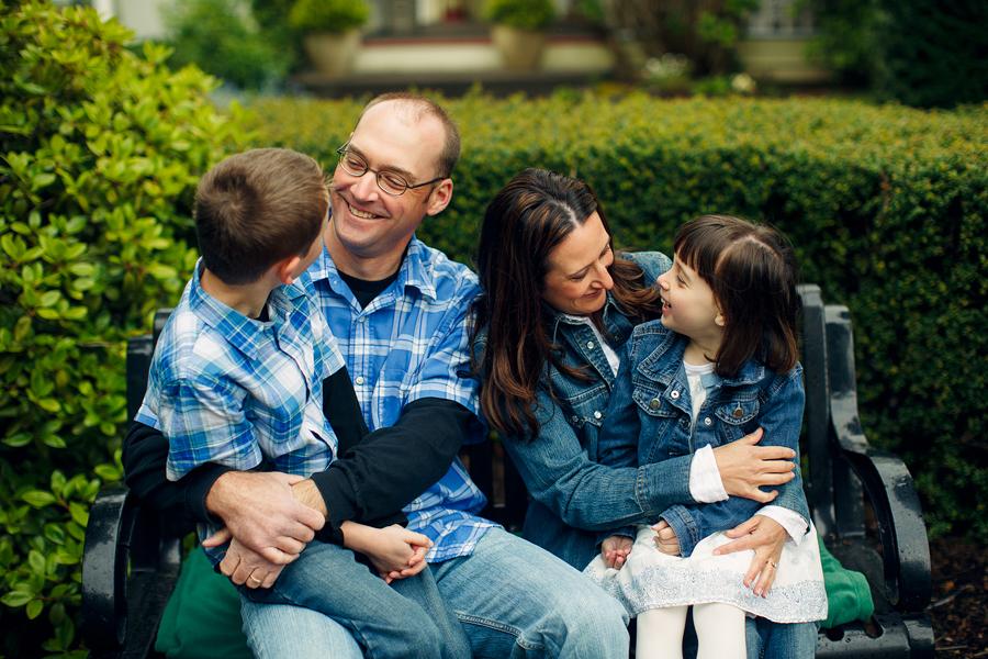 Fairview-Oregon-Family-Photographs-11.jpg