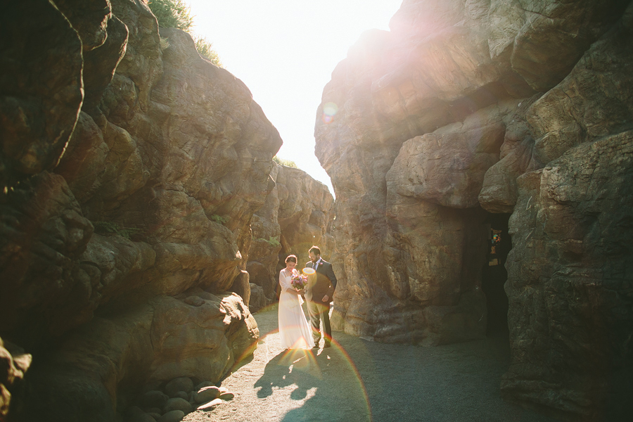 The-Oregon-Coast-Aquarium-Wedding-9.jpg