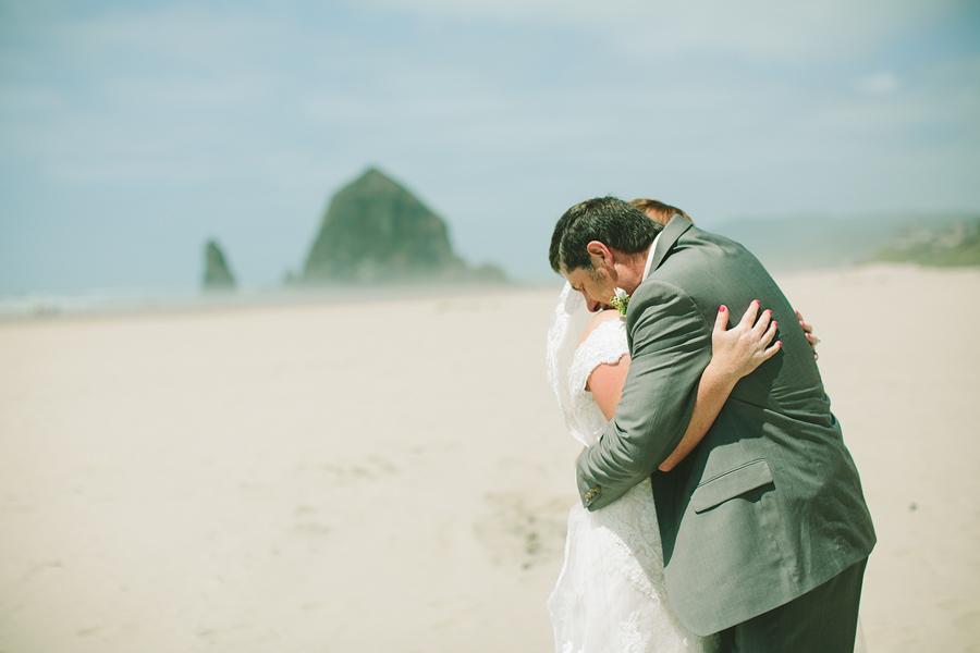 Cannon-Beach-Wedding-011.JPG